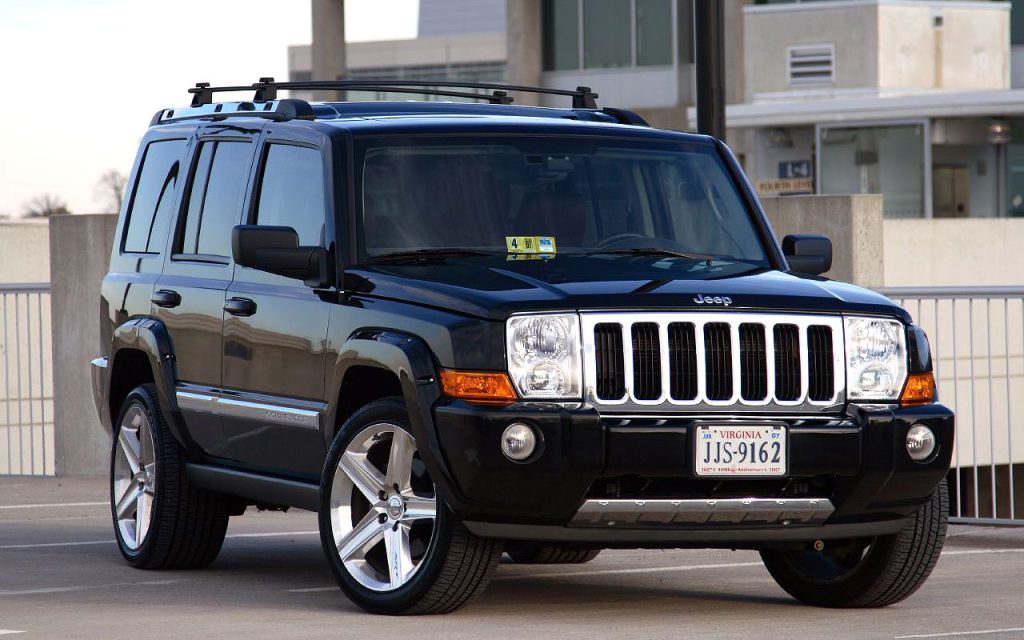 jeep commander 2011. Black Bedroom Furniture Sets. Home Design Ideas